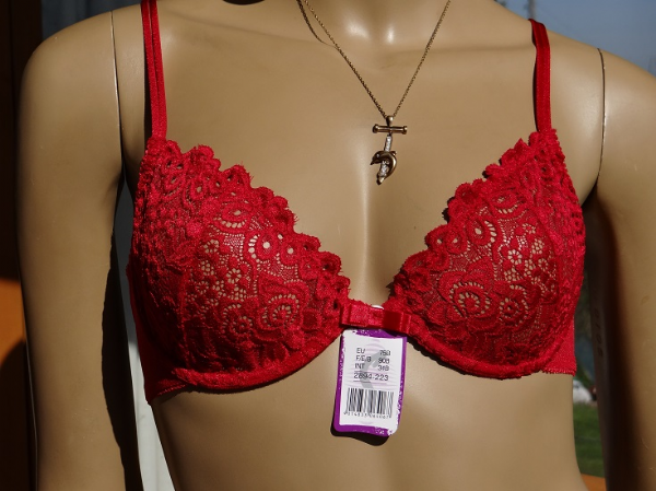 GORGEOUS RED LACY UNDERWIRED BRA - 34B